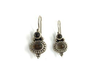 Vintage Sterling Silver Ethnic Indian Natural Citrine Cabochon Hook Earrings
