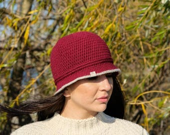 READY TO SHIP Crochet women winter brim hat. Wool hat. Vintage style hat.
