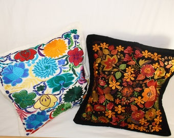 Decorative Pillow, Ecuadorian, handmade, embroidered