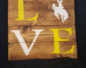 Wyoming Cowboys- Love