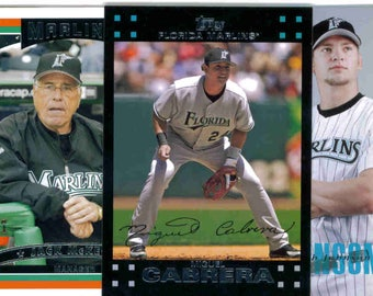 MIAMI FLORIDA MARLINS Baseball Team Lot - 200 Assorted Cards