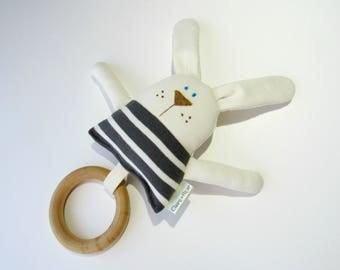 Bunny teething ring-Bunny teether-Baby toy-Wooden ring teether-Bunny toy-Baby toy-Baby shower gift