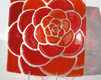 "Glass decorative plate ""Red rose"", Fusing, Kitchen decore, Home decor, Gift, Made to order."