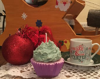 Scented cupcake candles