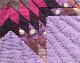 """1980's Vintage 9"""" X 9"""" Hand Sewn Quilt Square"""