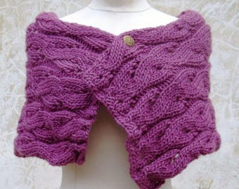 Lace-ripple-pattern wrap in orchid knitted with pure wool yarn