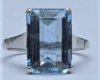 Vintage Circa 1940 Aquamarine Ring