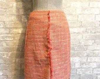 Vintage Chanel Style 1960's Tweed Midi Skirt  90's Style Frayed Hem Detail in Salmon/Peach  Retro  Size 6