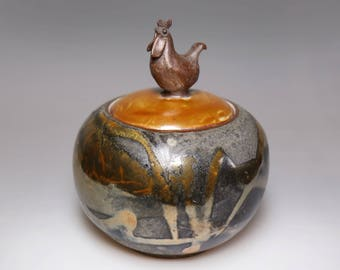 Chinese Rooster Year-Glost-fired Earthen Caddy;Handmade;Taiwanese caddy;Japanese style;Ceramicware;Unique gifts;Ceramic pottery;Multi-colour