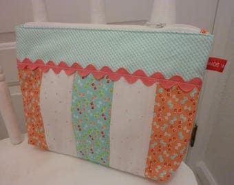 Large Zippered Bag