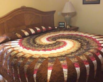 Bargello Swirl King Size Bedspread