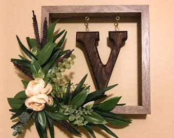 Handmade monogram floral picture frame wreath | home decor | wedding | nursery | Farmhouse | Initial | letter | everyday wreath | front door