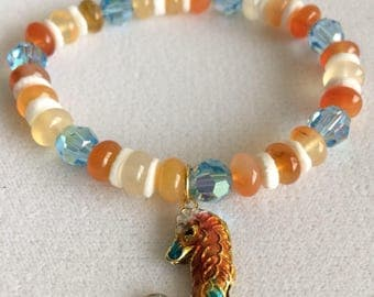 Seahorse Charm Bracelet // beaded handmade stretch bracelet // one of a kind