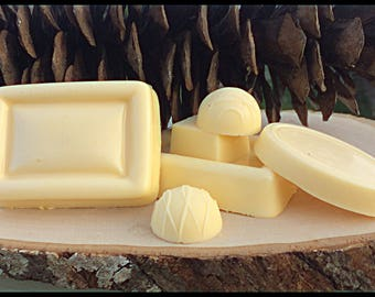 Sea Buckthorn Berry Goat Milk Soap with Avocado and Shea Butter