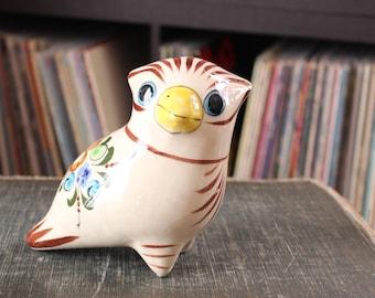 Tonala pottery owl . vintage folk art bird . Mexican ceramics bird, hand painted . Mexico bird figurine