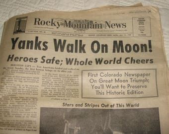 Vintage Newspaper Rocky Mountain News July 21 1969, Yanks Walk on Moon! Full Newspaper from this historic date