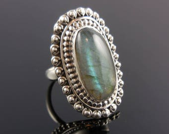 Labradorite sterling silver ring - size 6
