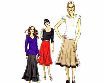 SALE Misses Pull-On Paneled Skirts Vogue 8583 Sewing Pattern Full Figure Size 18 - 20 - 22 - 24 Waist 32 - 34 - 37 - 39 Uncut