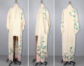 1950s kimono / silk robe / MAGNOLIA / vintage floral kimono