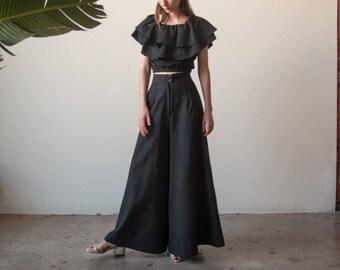 70s black extra wide leg trousers / wide leg palazzo pants / s / m / 2767t