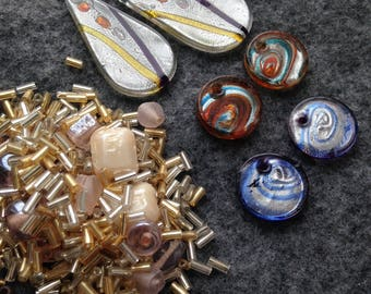 Bead lot / Swirled Glass pendants, rounds, spacer and seed beads