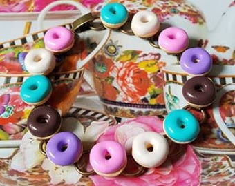 Bakery Delight.......... ICED DONUTS Bracelet