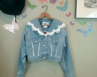 Vintage 80s 90s cropped denim pearls and lace trim jacket