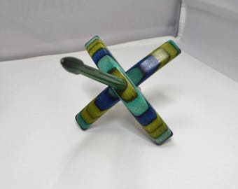 Turkish spindle, Small, Key Lime, spindle, spinning, ThreadsthruTime, Thomas-Creations