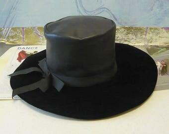 Vintage 70s GET SMART Hat / Wide Brim Floppy MOD Black Velvet w Naugahide / Boho Hippie I Spy / made in Canada 1960s