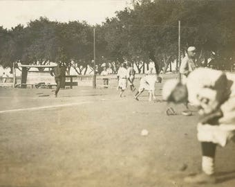 vintage photo 1910 C.R. Babcock Shenandoah Iowa Baseball Game Running Bases RPPC