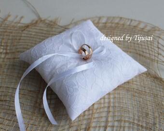 White lace Wedding pillow  ---ring bearer pillow, wedding rings pillow , wedding pillow