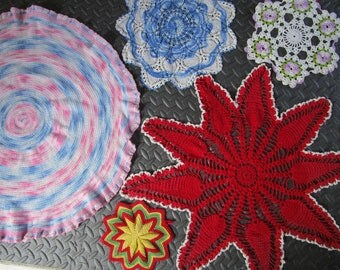 Lot 5 Colorful Mixed Crochet Lace Cotton Doilies Vintage Blue Pink Red Pansies