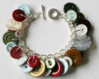 Button Bracelet Winter Berry Burgundy Pearl and Moss Green