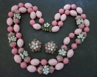 Vintage Bead Necklace and Earrings Set pink plastic bead and flowers Summer Jewelry Set
