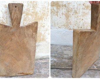 Vintage Antique 1900 French primitive country thick and heavy chopping board /planche à découper