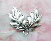 ANTIQUE SILVER * Art Nouveau Double Spray Leaves Stamping ~ Jewelry Leaf Findings ~ Brass Stamping (FA-6087)