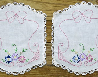 Vintage Embroidered Linen Vanity Dresser Scarf Set, Antimacassar 2 Pc. Arm Rests, Covers, Lace Edge Trim, Pink Purple Flowers, Sewing Supply