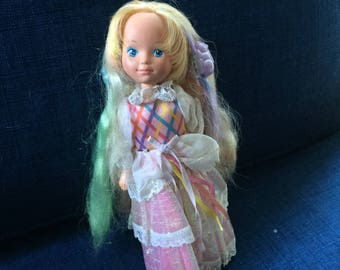 Vintage 1980'S LADY LOVELY LOCKS Doll With Original Dress ,3 pixies tails , box G