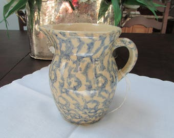VINTAGE - Spongeware Jug - Robinson Pottery