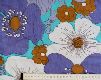 Seventies vintage floral fabric - 120x30 cm.