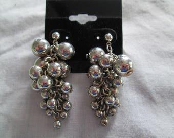 Silver vintage metal bunch of grapes dangle earrings