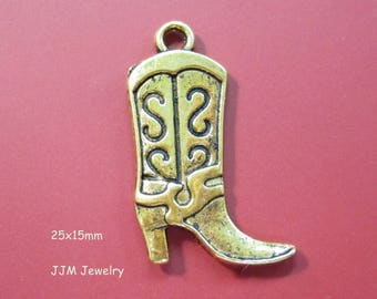 Cowboy Boot Antique Gold Plated Texas Boots, Cowgirl Boots with Heel Charm or Pendant double sided 25x15mm C1166 F17