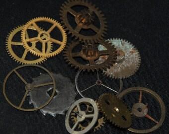 Steampunk Supplies Large Watch Clock Parts Cogs  gears wheels Antique vintage G 94