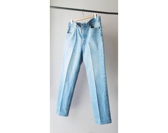 1980s Levi's 540 Leather Tab Distressed Denim Jeans USA