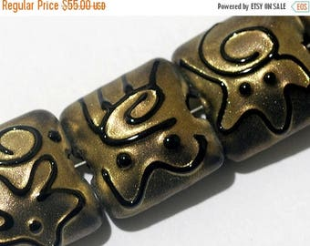 ON SALE 35% OFF Glass Lampwork Bead Set - Seven Golden Pearl Surface w/Black Pillow Beads 11204804