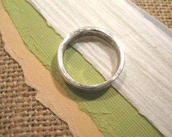 Size 7 Hammered Stacking Ring in Antique Silver from Nunn Design