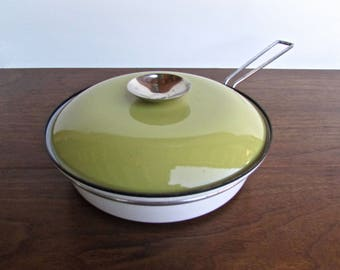 "Cathrineholm Lotus Butterscotch Enamelware Medium 8.5"" Skillet, Designed by Grete Prytz Kittelsen"