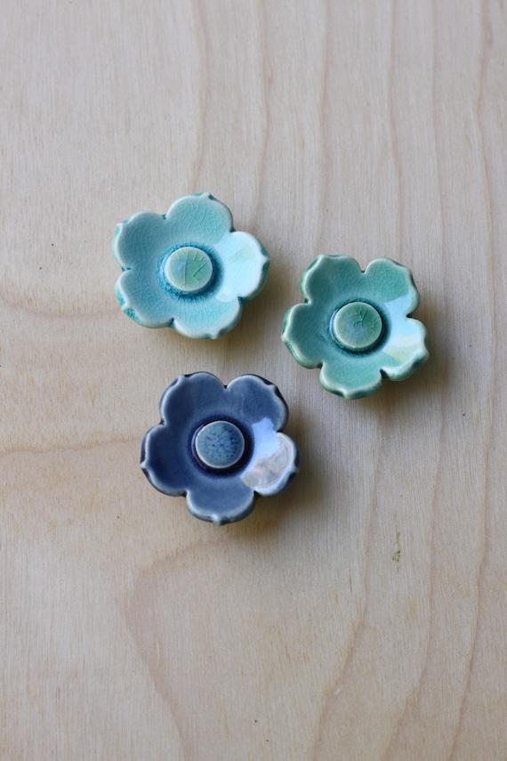 set of 3 flower magnets aquas and blue