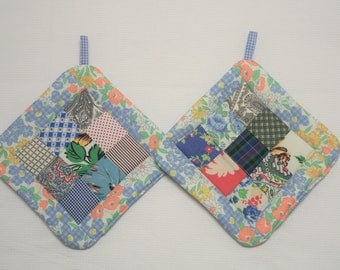 Pot Holders made with Vintage Quilt Top, Set of 2, Insulated Potholders, Blue Fabric Potholders, Trivets, Hot Pads, For the Kitchen