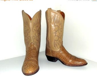 Vintage Light tan  Exotic looking Cowboy Boots size 10.5 D or Cowgirl size 12